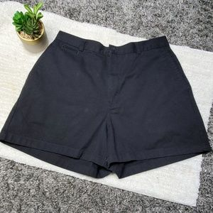 Dockers Shorts - DOCKERS HIGH WAISTED SHORTS 14/32 waist